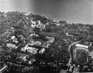 Figure 3: 1947 aerial photograph of Queen's University, Queen's University Archives, V28-Gen-99.